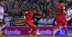 Enlace a GIF: El nuevo regate de Neymar, la autofalta