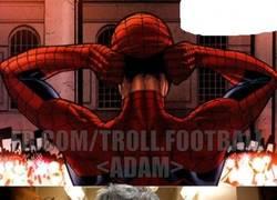 Enlace a La verdadera identidad de SpiderMan