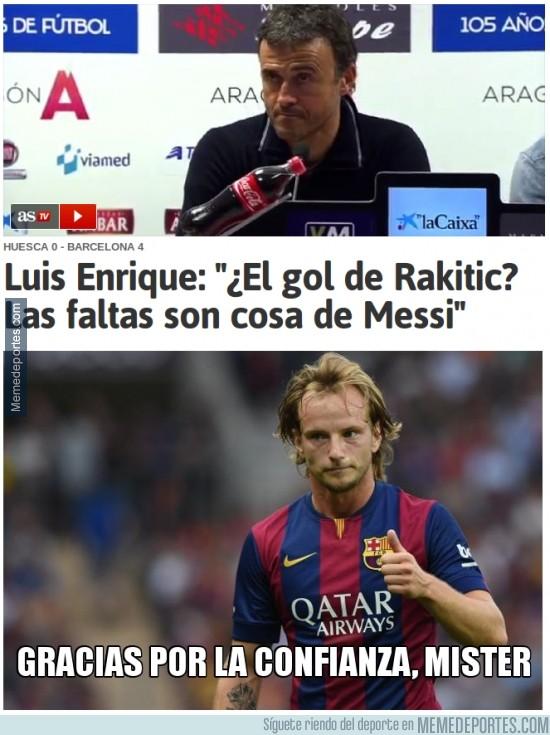 418751 - Luis Enrique motivando a Rakitic