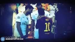 Enlace a GIF: Menudo cachondeo que se llevaban Motta, Ibra y Messi. Apuesta qué han dicho