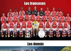 Enlace a Arsenal F.C., dividido en grupos