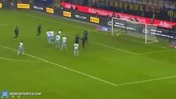 Enlace a GIF: Golazo de volea de Mateo Kovacic en el Inter 2-2 Lazio