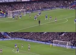 Enlace a GIF: El Chelsea abrió el Boxing day con un 2-0 frente a un débil West Ham
