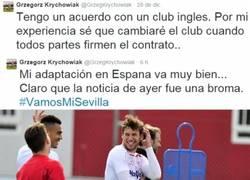 Enlace a Krychowiak la lía en Twitter publicando su salida del Sevilla el día de los Inocentes