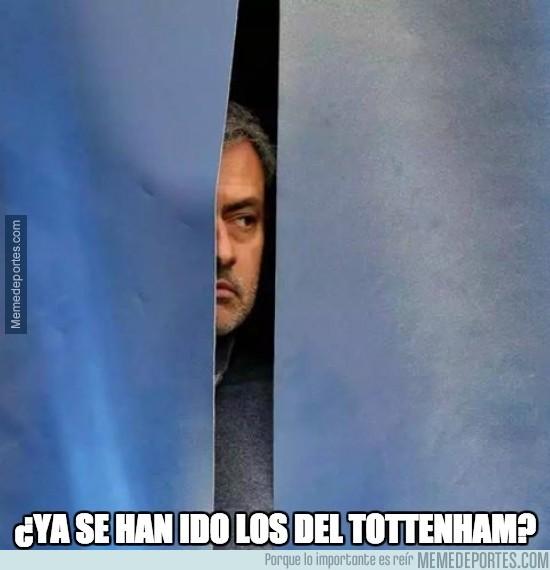 428756 - ¿Ya se han ido los del Tottenham?