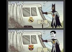 Enlace a La Real y el Valencia logran parar al Madrid y al Barcelona