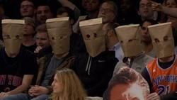 Enlace a Así se manifestaron los hinchas de los Knicks tras la 14 derrota seguida de su equipo