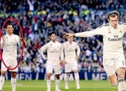 Enlace a En esta foto se demuestra claramente cómo Cristiano odia a Bale