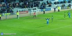 Enlace a GIF: Golazo del Sabadell que empataba el partido ante el Sporting 'in extremis'