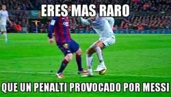 Enlace a Eres más raro que un penalti provocado por Messi