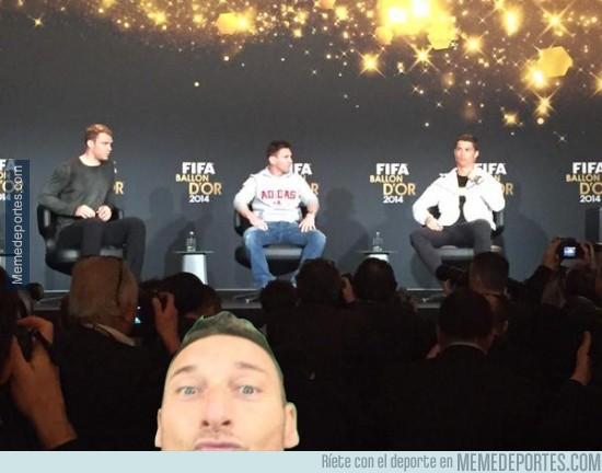 433253 - Totti también está listo para la entrega del balón de oro