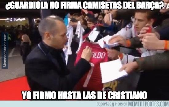 433283 - ¿Guardiola no firma camisetas del Barça?