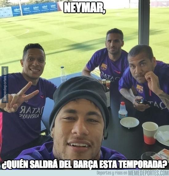 434486 - Neymar nos muestra con un selfie los que se irán del Barça esta temporada