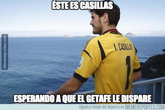 436124 - Éste es Casillas esperando a que el Getafe le dispare a puerta
