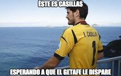 Enlace a Éste es Casillas esperando a que el Getafe le dispare a puerta