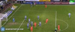 Enlace a GIF: Y Leo Messi consigue el hat trick 0-3