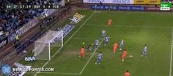 Enlace a GIF: Y llega el cuarto del Barça 0-4, tras centro de Alves, Sidnei marca en propia