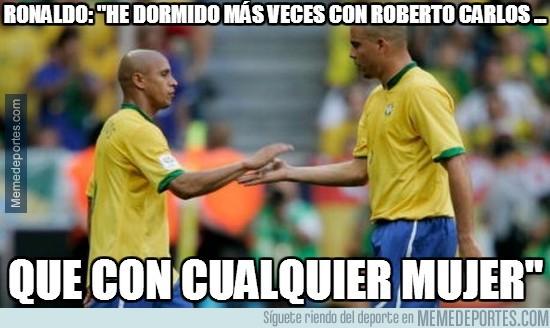 437507 - Ronaldo y Roberto Carlos, pareja de hecho