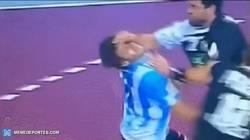 Enlace a GIF: Tremenda agresión de Müller en el Mundial de Qatar