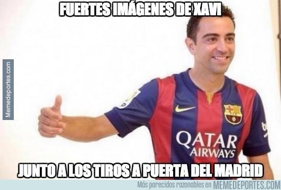 445742 - Xavi junto a los tiros a puerta del Madrid