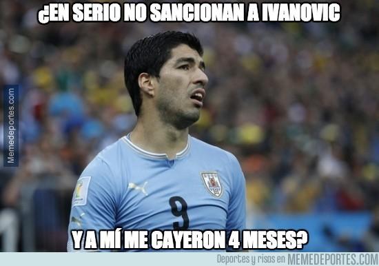 448473 - El doble rasero de la FIFA con los mordiscos de Suárez e Ivanovic