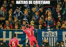 Enlace a Allí donde vayas, siempre habrá haters de Cristiano