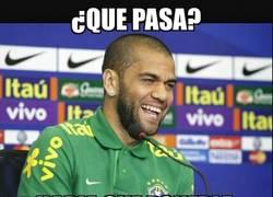 Enlace a Alves le pone emoción al partido, grande Dani
