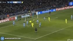 Enlace a GIF: Atrás haters ¡2º gol de Suárez!