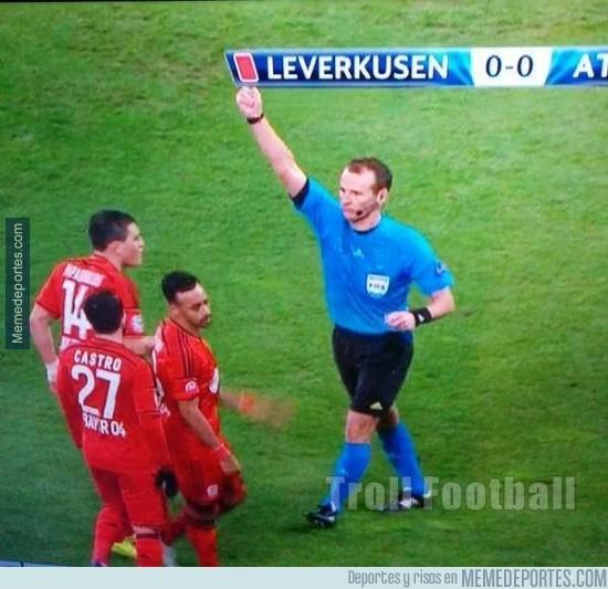 457966 - Roja al Leverkusen