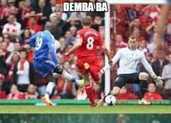 Enlace a Demba Ba, la pesadilla del Liverpool