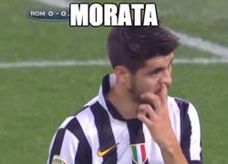 Enlace a Morata muy concentrado en el partido