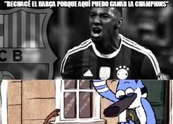 Enlace a Boateng vacilando al Barça