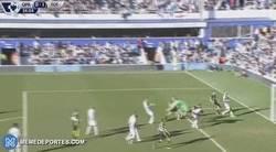 Enlace a GIF: Y Harry Kane sigue a lo suyo, marcando