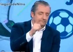 Enlace a GIF: Pedrerol, ¿cómo va el Barça?