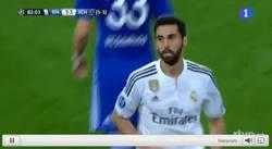 Enlace a GIF: El Madrid ya lo da por ganado cuando cambia a su estrella. Error
