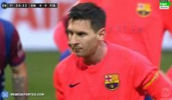 Enlace a GIF: Por fin Messi ha empezado a coger el truco a los penaltis