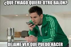 Enlace a ¿Conseguirá hoy Messi otro balón para su hijo?