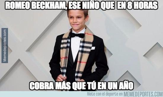 479176 - Romeo Beckham, a sus 12 años, cobró 45000 libras por 8 horas de trabajo como modelo