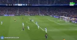 Enlace a GIF: El gol de Rakitic y la genial asistencia de Messi