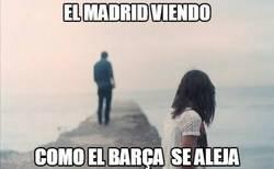 Enlace a El Madrid viendo cómo el Barça se aleja