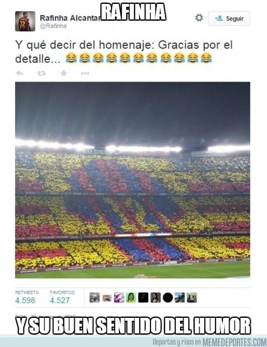 487557 - Rafinha y su homenaje en el Camp Nou