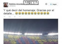 Enlace a Rafinha y su homenaje en el Camp Nou
