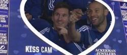 Enlace a Pequeño Easter Egg en la NBA, ¡mira a quien enfoca la Kiss Cam!