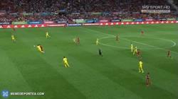 Enlace a GIF: Primer gol de Morata con España