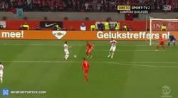 Enlace a GIF: Gol de Yilmaz, Turquía le está ganando a Holanda