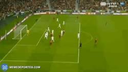 Enlace a GIF: Así ha sido el gol de Carvalho