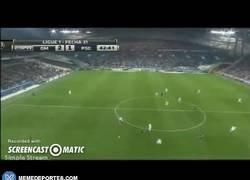Enlace a GIF: Gol de Gignac para que Bielsa se quede en Marsella