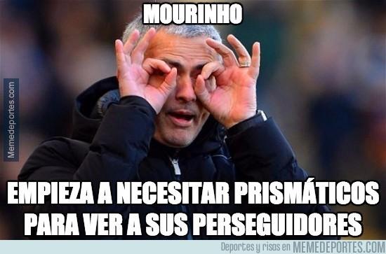 500926 - Mourinho y sus perseguidores en Premier