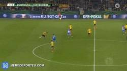 Enlace a GIF: Golazo de Firmino al Dortmund en la copa alemana