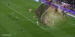 Enlace a Gran efecto en el gol de Messi, me recuerda a algo